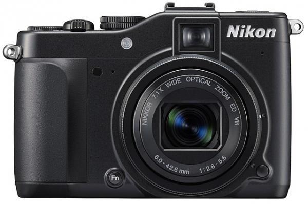 Nikon Coolpix P7000 digitalni fotoaparat