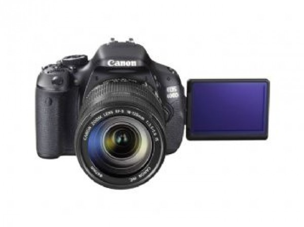 Canon EOS 600D kit 18-55 mm digitalni fotoaparat