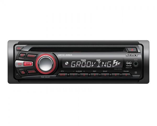 Avtoradio s CD-jem SONY CDX-GT230