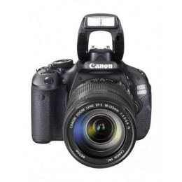 Canon EOS 600D kit 18-135 mm digitalni fotoaparat