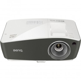 Projektor BenQ TH670 (Full HD)